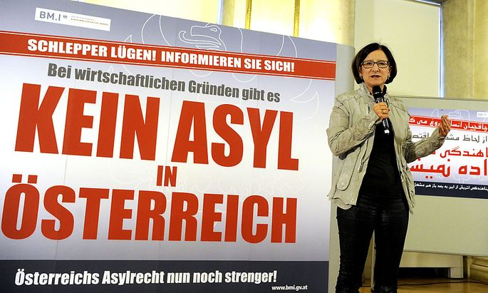 Innenministerin Mikl-Leitner bei der Präsentation der Info-Kampagne