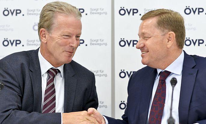 ÖVP-Chef Reinhold Mitterlehner und Generalsekretär Werner Amon