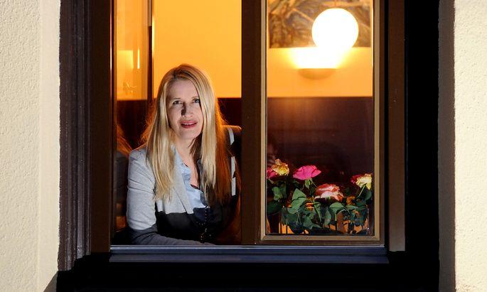 Lässt sich von ihren Gästen gern emotional berühren: Claudia Stöckl.