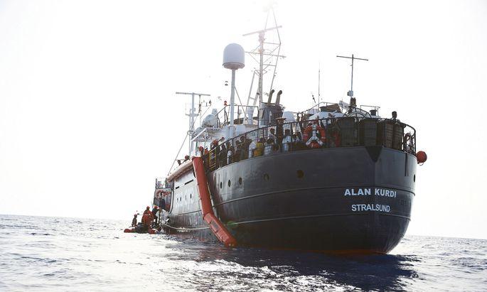"""Das deutsche Rettungsschiff """"Alan Kurdi"""" darf nicht nach Malta"""