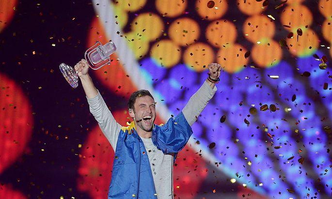 Mans Zelmerlöw bejubelt seinen Sieg