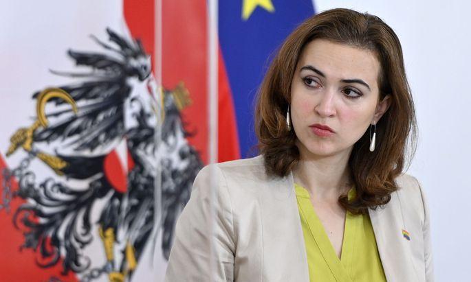 Justizministerin Alma Zadic (Grüne) stellt sich hinter die Korruptionsermittler gestellt