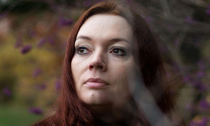 Die vielseitige Zoë Beck ist als Schriftstellerin, Übersetzerin und Verlegerin erfolgreich.