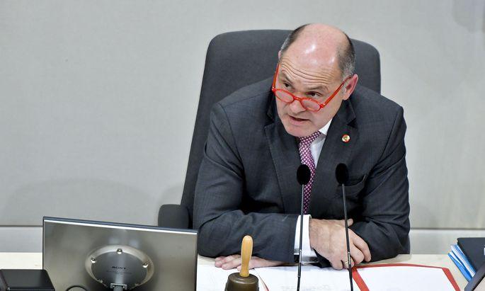 """""""Jede Zeit, jedes Amt erfordert eine gewisse Ausdrucksweise"""": Nationalratspräsident Wolfgang Sobotka (ÖVP)."""