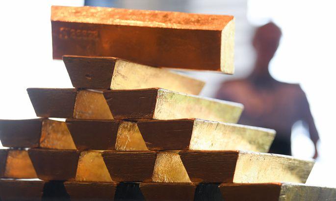 Gold wird wieder interessant. Die Notierungen gehen nach oben. Die Aktien von Goldminen vollziehen den Trend mit.