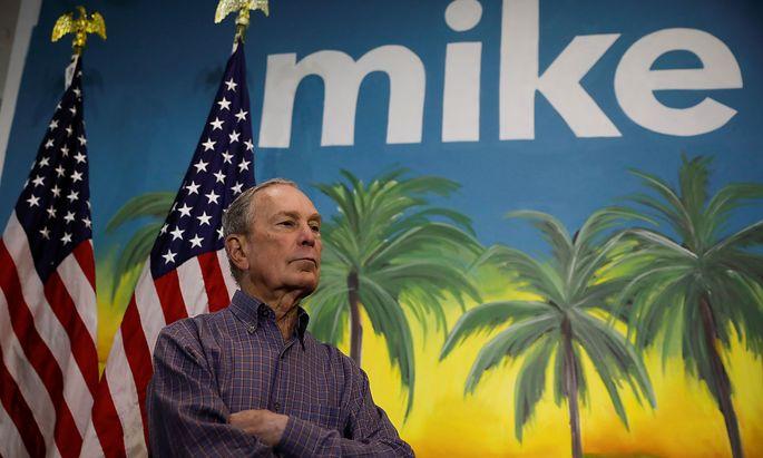 Mike Bloomberg weiß in der Nacht auf Mittwoch erstmals, wo seine Kampagne steht.