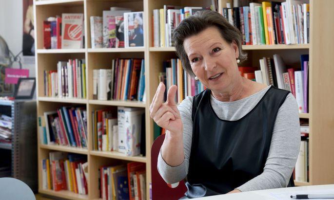 """Eine Frau an der SPÖ-Spitze ist """"als Signal total wichtig"""", sagt Heinisch-Hosek."""