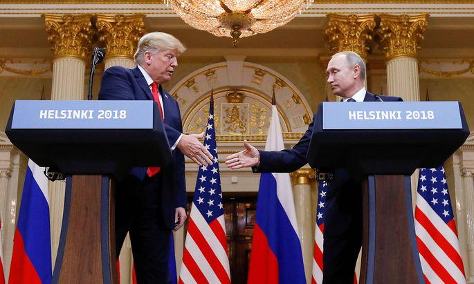 Der sommerliche Handshake in Helsinki zwischen Trump und Putin änderte nichts am holprigen Verhältnis von USA und Russland.