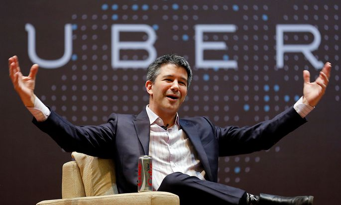 FILE PHOTO - Uber CEO Kalanick speaks to students during an interaction at IIT campus in Mumbai