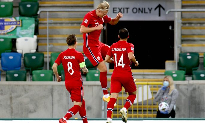 Northern Ireland v Norway - UEFA Nations League - Group 1 - League B - Windsor Park Norway s Erling Braut Haland (centre