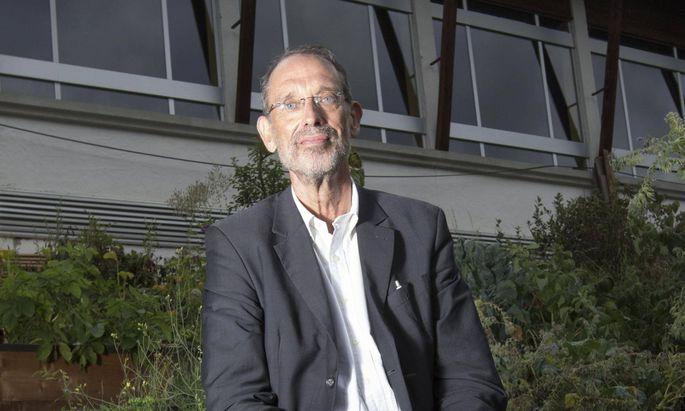 Rings um ihn tobt mitunter der Krieg der Kabinette: Bildungs- und Wissenschaftsminister Heinz Faßmann.