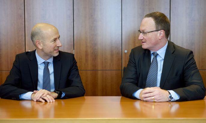 Ökonom Lars Feld (re) könnte Nachfolger von Martin Kocher (li) als IHS-Chef werden