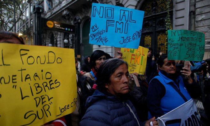 Demonstrators march during a protest against the economic measures taken by Argentine Macri's government in Buenos Aires Argentina