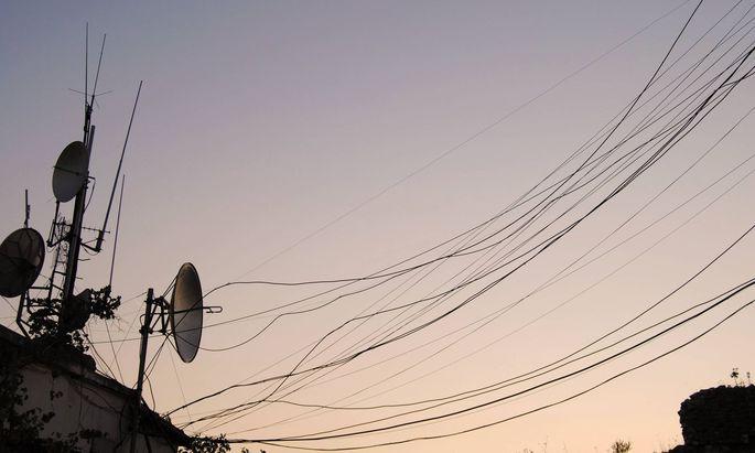 Eigentlich hätte die Novellierung des Telekommunikationsgesetzes bereits nach dem Sommer in Begutachtung gehen sollen.