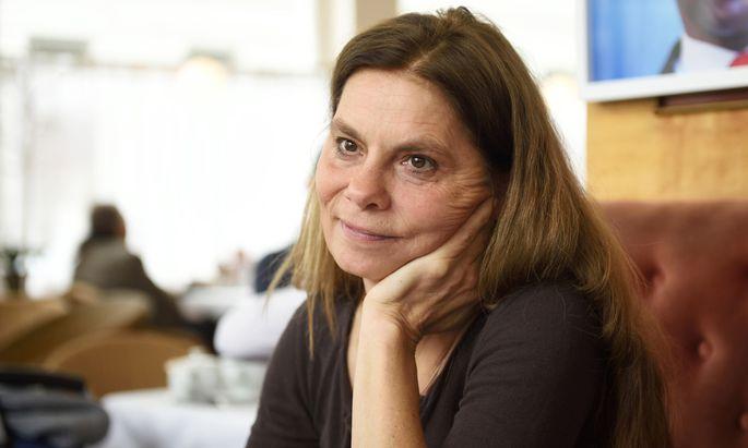 Die TV-Köchin und Landwirtin Sarah Wiener kandidiert für die Grünen.