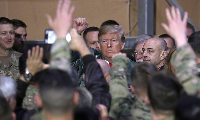 US-Präsident Donald Trump besuchte Mitte Jänner den Luftwaffenstützpunkt Ain al-Assad im Irak.