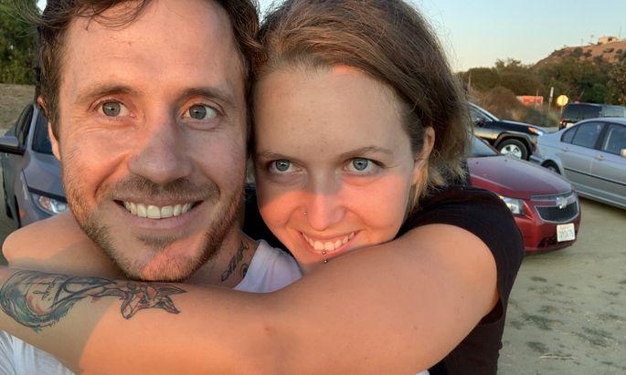 Larissa Kirchmair mit ihrem Partner Matthew.