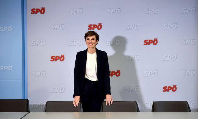 Das makellose Image der designierten Parteichefin Pamela Rendi-Wagner bekommt erste Flecken.