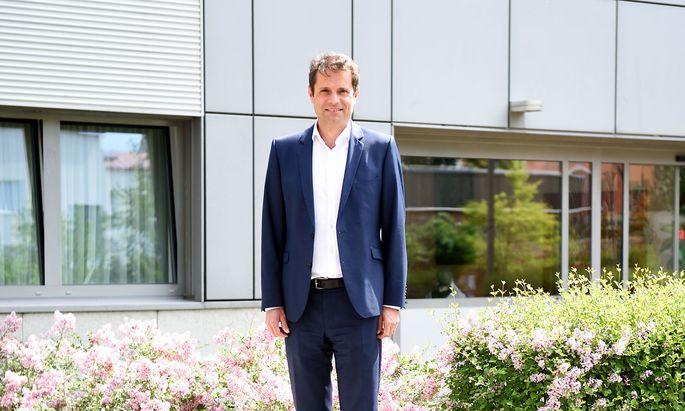 Österreichs Spitäler sollten in Zukunft über umfangreiche strategische Reserven verfügen, sagt Michael Heinisch.