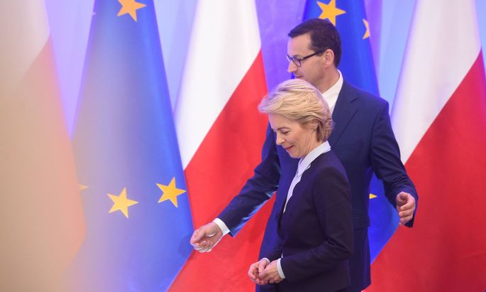 Polens Ministerpräsident Morawiecki mit Kommissionschefin von der Leyen
