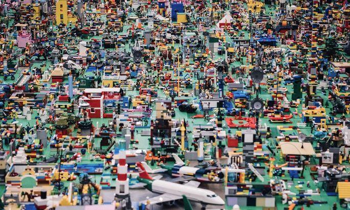Lego lässt Kinderträume wahr werden. 90 Prozent der Spieler werden 2032 außerhalb der USA und Europa geboren sein.