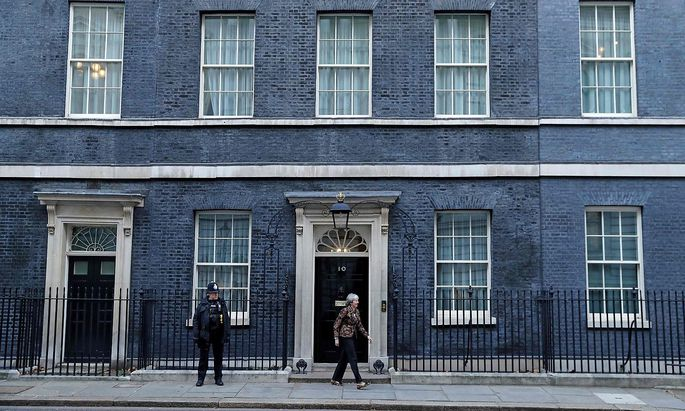 Für Theresa May gibt es kaum Ausweg aus dem Patt im Parlament.