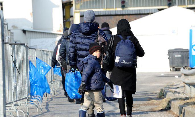 Flüchtlinge auf dem Weg nach Österreich