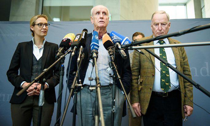 Albrecht Glaser (Mitte) soll für die AfD ins Bundestagspräsidium.