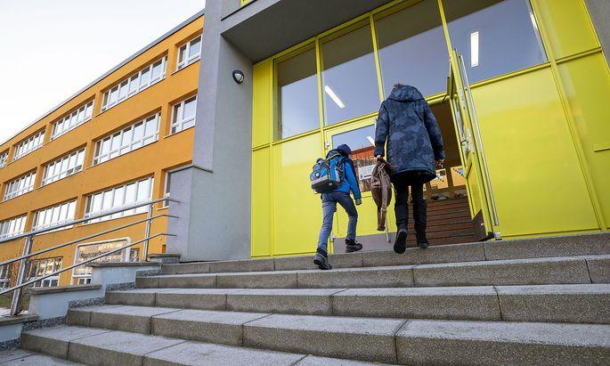 Coronavirus - Schulen in Thueringen oeffnen wieder