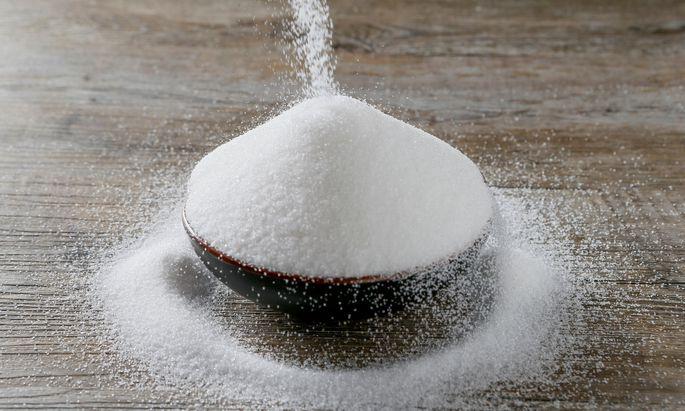 An der Universität Wien spürt die Chemikerin Barbara Lieder mit ihrer Forschungsgruppe den Geheimnissen von Zucker nach.