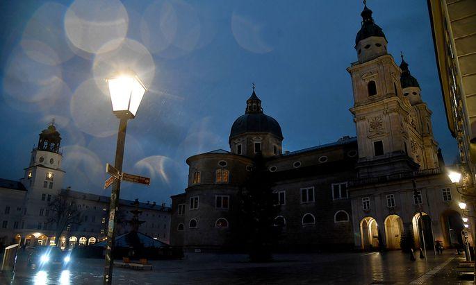 Der Salzburger Dom - auch im Erzbistum gibt es jedes Jahr weniger Katholiken.