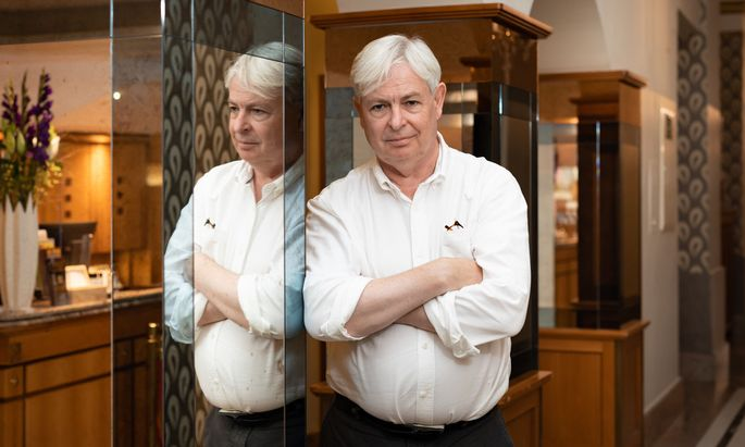 Aufmerksamer Beobachter der britischen Gesellschaft: Jonathan Coe im Wiener Hotel Wandl.