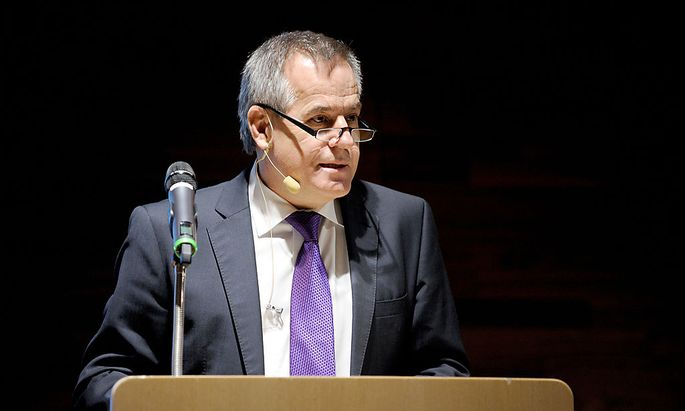 Siegfried Wolf bei seinem Auftritt an der Wiener Wirtschaftsuniversität.