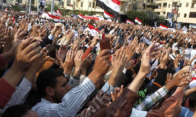 Ägypten: Islamisten verankern Scharia in Verfassungst in Cairo