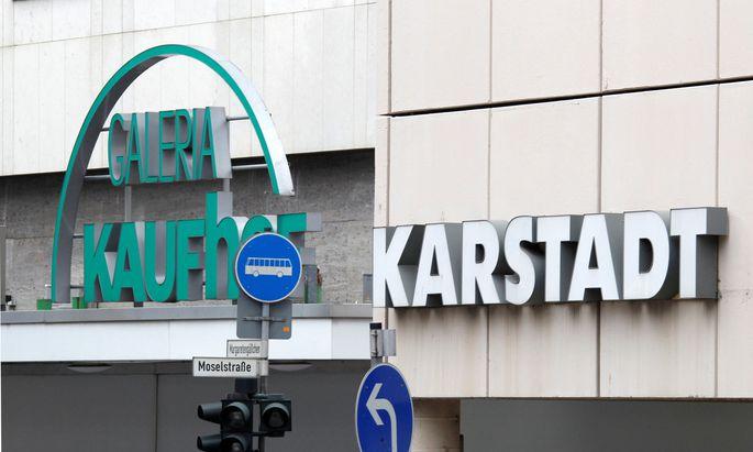 Der lang geplanten Fusion von Kaufhof und Karstadt steht nichts mehr im Weg.