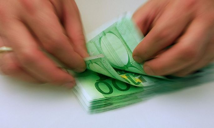 Auch Beamte sollen den Pensions-Hunderter bekommen