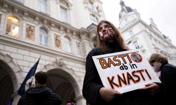Demonstration gegen Bundeskanzler Kurz in Wien.
