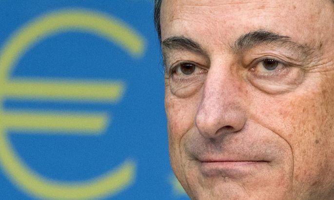 Geldpolitik Leitzinsen verharren Rekordtief