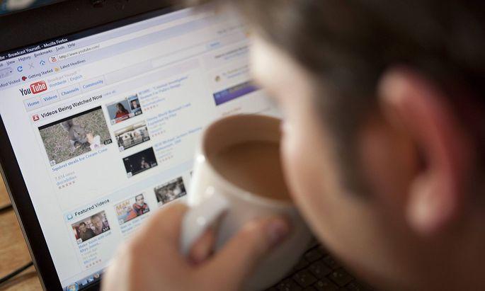 Dass die meisten Menschen jetzt zuhause sind, kurble das Kaffeegeschäft an, sagt Peter Harf.