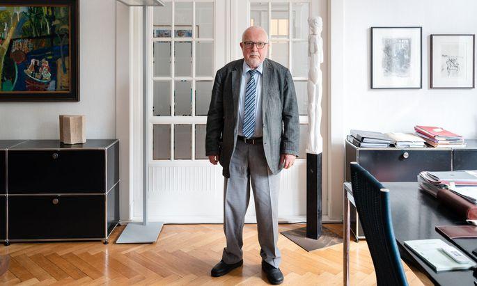 """""""Mich hat die Verantwortung fast erdrückt"""", sagt Lothar de Maizi`ere über seine Zeit als Ministerpräsident der DDR."""