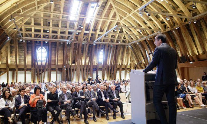 Bundeskanzler Kern präsentierte seine sieben Punkte für Europa bei einer Veranstaltung der Österreichischen Gesellschaft für Europapolitik (ÖGfE) an der Technischen Universität Wien.