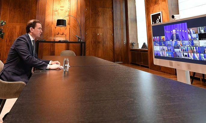CORONA: ONLINE-EU-SONDERGIPFEL DER STAATS- UND REGIERUNGSCHEFS ZUR CORONA-PANDEMIE UND ZU AUSSENPOLITISCHEN FRAGEN: KURZ