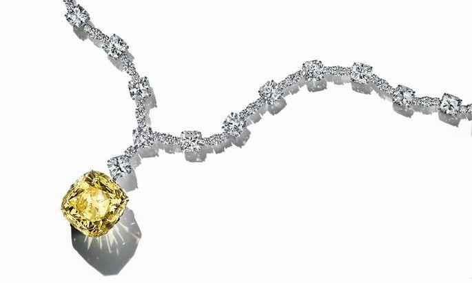 Diese Kette von Tiffany kostet geschätzt 30 Millionen US-Dollar