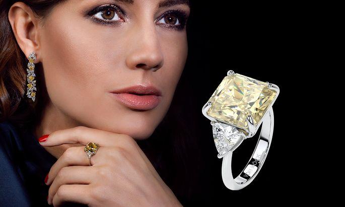 Rarität. Farbige Diamanten wie in dieser Garnitur von Köck versprechen Wertgewinn.