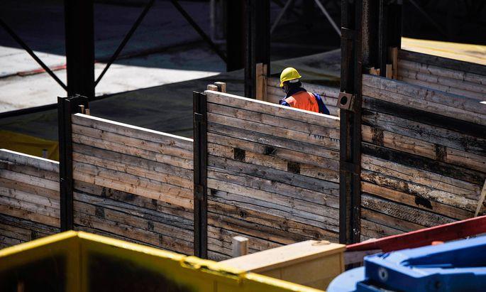 Auf Baustellen wird die Finanzpolizei oft fündig. So auch bei den aktuellen Kurzarbeitskontrollen.
