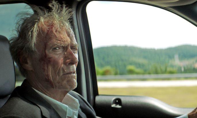 Ein alter weißer Zausel ohne Vorstrafen (Clint Eastwood) gerät nicht so schnell unter Verdacht. Gute Voraussetzungen, um Drogen zu schmuggeln.
