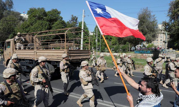 In Santiago patroulliert das Militär