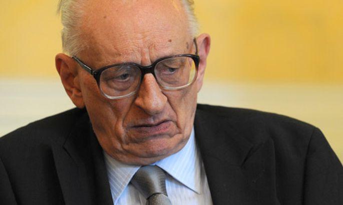 Bartoszewski: ''Frau Steinbach redet Unsinn''