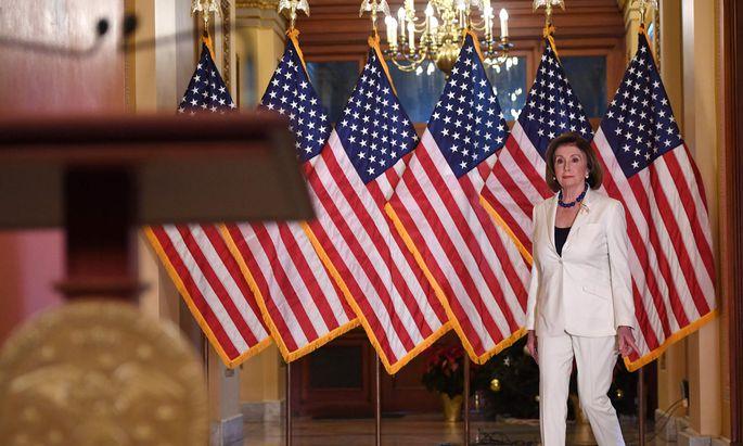 Nancy Pelosi, Chefin des Repräsentantenhauses, bringt das Impeachment ins Rollen.