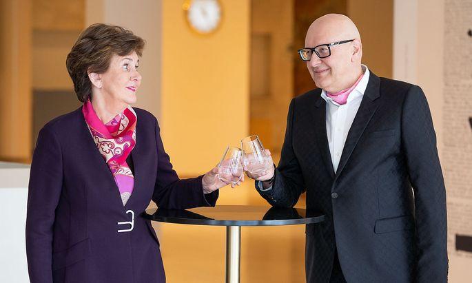 Festspielpräsidentin Helga Rabl-Stadler mit dem Gründer der BWT und neuen Hauptsponsor Andreas Weißenbacher